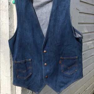 Vintage 1970s Levi's Denim Vest with deep V tips